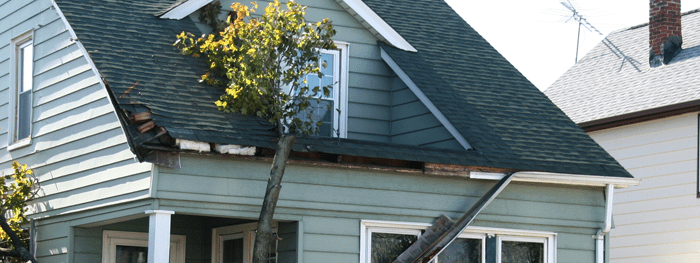 When is Emergency Roof Repair Needed? Can it Wait?